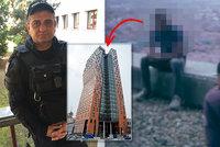 Mladík chtěl skočit z nejvyššího mrakodrapu v ČR: Policista mu pád do hloubky 90 m rozmluvil