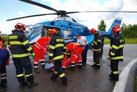 Řidič audi srazil v Kladně seniorku o holích: Od nehody pak ujel!