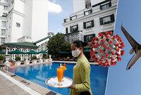 Pandemie dál mění plány dovolenkářů. Lex voucher je minulostí, jaká máte práva?
