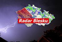 Silné bouřky dorazily do Česka. Hrozí lijáky, vichr i kroupy, sledujte radar Blesku