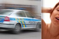 Zatýkání v pornobranži! V pražské firmě měli nutit dívky k sexu, devět lidí policisté obvinili