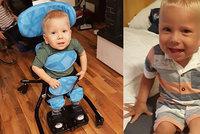 Velká radost rodičů Maxíka po aplikaci nejdražšího léku: Posadil se na posteli bez pomoci!