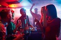 """""""Z premianta problémový žák, večírky si vybraly svou daň."""" Německá média kritizují Prahu kvůli covidu"""