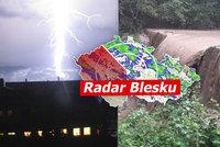 Silné bouřky dorazily do Česka. Na jihu a Moravě hrozí záplavy, sledujte radar Blesku