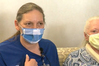 Sestry (53 a 73) se naposledy viděly před 53 lety: Znovu se setkaly díky koronaviru!
