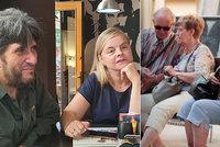 Obědy zdarma pro seniory: Manželé Bartákovi z Letné pomáhají osamělým starým lidem