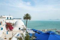Koronavirus ONLINE: Tunisko vyhlíží první Čechy. A děti budou mít povinnou školu i na dálku