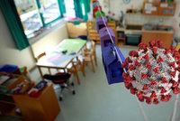 Koronavirus ONLINE: Maláčová chce všechny děti ve školce od května. A 3206 případů za pátek
