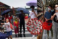 Peking venku zrušil povinné roušky, lidé v nich ze strachu ale dál raději chodí
