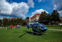 Heliport na náplavce? Nemocnice chce své přistávací místo, vrtulníky dosud dosedaly na Palackého náměstí