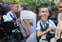Slavný youtuber (27) trpí spinální svalovou atrofií: Promluvil o sexu a oženil se
