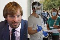 Koronavirus ONLINE: Na vnitřní akce v Česku nejvýš deset stojících. A Němci přitvrdili