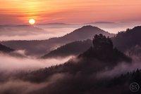 """Turisté """"válcují"""" Saské Švýcarsko, národní park je v Německu na hranici možností"""
