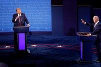 """Trump v debatě s Bidenem hájil přístup ke covidu: """"Udělali jsme to skvěle."""" A schytal to"""