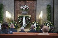 Pohřeb Limonádového Joea Karla Fialy (†95): Kdo dorazil covidu navzdory?