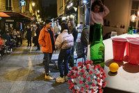 Paříš? Paříž! Mladí si užívali poslední party před zákazem vycházení: Tohle už dnes nemohou