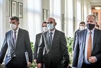 Koronavirus ONLINE: Prymulu chce Blatný využít. A do Rakouska jen s negativním testem