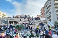 Zemětřesení v Turecku otřáslo i řeckým ostrovem: Nejméně čtyři mrtví a 120 zraněných