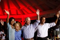"""""""Michelle by mě opustila."""" Obama prozradil, proč nevezme místo v Bidenově vládě"""