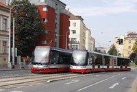Tramvaje loni svezly méně cestujících: Až o 36 procent,  celkem svezly denně 784.600 lidí