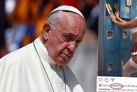 Omyl papeže Františka? Na instagramu lajkoval sexy fotku vnadné modelce!