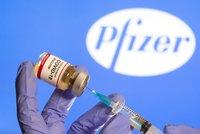 Odolají vakcíny nové mutaci viru? Pfizer a Moderna testují účinnost a uklidňují lidi