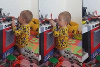 Maxík dostal nejdražší lék kvůli nemoci SMA a je plný síly: Rodiče sdíleli dojemné video
