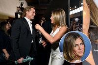 Záhadná fotka Jennifer Anistonové: Skrývá se za ní Brad Pitt? Důkaz by tu byl!