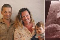 Páru, který zažil 14 potratů, se narodila holčička: Díky umělému oplodnění, které vyhráli v soutěži