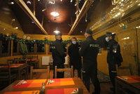 Vzpoura hospodských: V Praze měly otevřít dvě restaurace, majitele Šeberáku zadrželi policisté?!