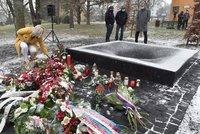 Černá díra za sedm Vitáskových obětí: Před FN Ostrava je památník vražedného běsnění