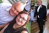 Žena si vzala tátu (64) své nejlepší kamarádky: Velký věkový rozdíl jim nevadí