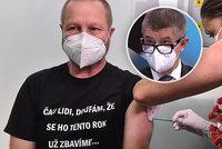 Koronavirus ONLINE: Babiš kvůli šesté dávce tepal šéfa nemocnice. A rezervace od 15. ledna