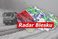 ONLINE: Sněhová bouře řádí v Česku. Nehod jsou desítky, zavírají silnice, sledujte radar Blesku