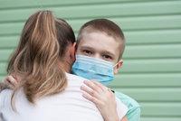 """Linka z bezpečí: Pošlete """"díky"""" svému hrdinovi pandemie"""
