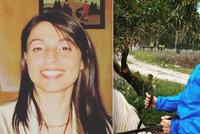Žena nechtěla prodat pozemek sousedovi: Brutálně ji zavraždili mlátičkou a dali sežrat prasatům, popsal svědek