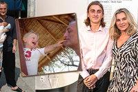 Syn Leony Machálkové (53) Artur slaví 18! Dojemné snímky s tátou Bořkem Šípkem (†66)