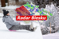 Česko sevřel mráz, naměřili i -26,2°C. Žene se další sníh, sledujte radar Blesku