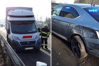 Dodávka na D1 narazila do policejního vozu: Policista i řidič skončili v nemocnici