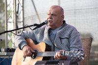 František Nedvěd o těžkém boji s rakovinou: Nemá hlas a kvůli bolestem nedokáže ani hrát na kytaru!