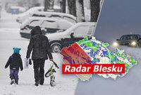 Třeskuté mrazy vydrží v Česku ještě týden, pak se oteplí. A přijde chumelení, sledujte radar Blesku