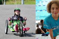 Alex (12) se narodila předčasně a s rozštěpem páteře: Pomůžete jí splnit sen o paralympiádě?