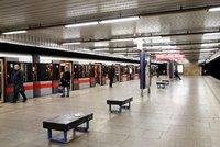 Modernější a ekologičtější: V metru na lince A bude nové osvětlení, vyjde na 234 milionů