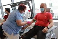 Novinka z Brna: Dárci krve nemusí na odběr, zdravotníci za nimi přijedou do práce