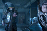 Utrhané ruce, probodnutá hlava a srdce vyrvané zaživa z hrudi. Mortal Kombat vyráží do boje
