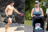 To je teda »Havaj«! Orlando na pláži, Katy Perry na vycházce poprvé předvedla dcerku