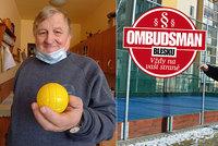 Spor o hřiště u paneláku: Místo klidu, máme peklo, zlobí se obyvatelé! Pomůže Ombudsman Blesku?
