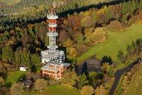 Rozhledny v Českém ráji: Jaké výhledy nabídne rozhledna Tábor nebo věž na vrchu Kozákov?