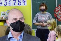 Koronavirus ONLINE: Rotační výuka potrvá do konce roku, říká Plaga. A spor o vakcíny