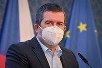 Koronavirus ONLINE: Nouzový stav už asi nebude, změna u cestování a vakcíny od Maďarska